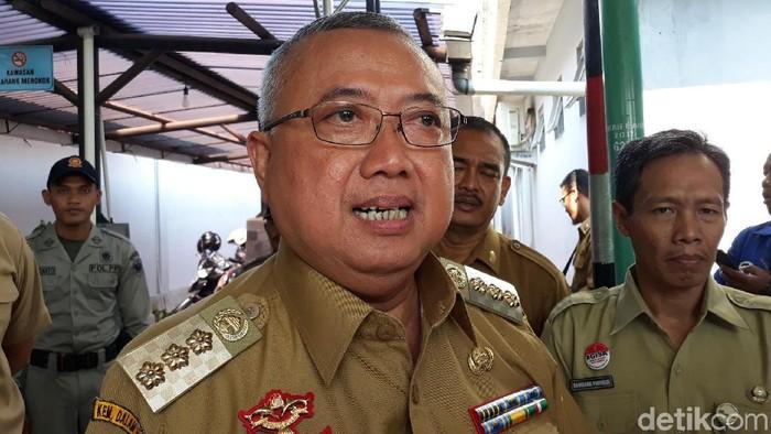 Bupati Bantul, Suharsono melakukan inspeksi di kantor-kantor pelayanan umum di Bantul pasa libur lebaran, (10/6/2019).