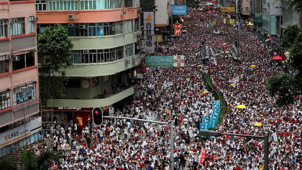 Penampakan aksi protes yang diikuti lebih dari 1 juta warga Hong Kong yang menolak RUU yang mengizinkan ekstradisi ke daratan China