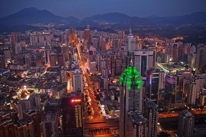Kota Shenzhen yang gemerlap. Foto: Getty Images