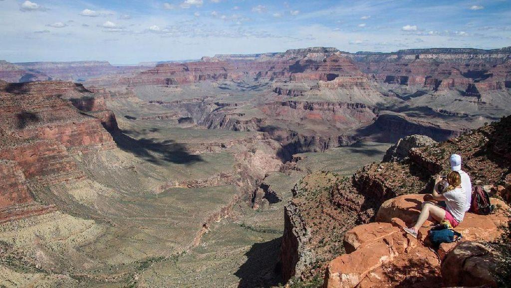 Ada Pegawainya yang Positif Corona, Grand Canyon AS Ditutup