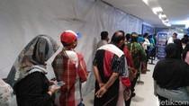 Perpanjangan SIM di Tunjungan Plaza Surabaya Membludak Pascalibur Lebaran