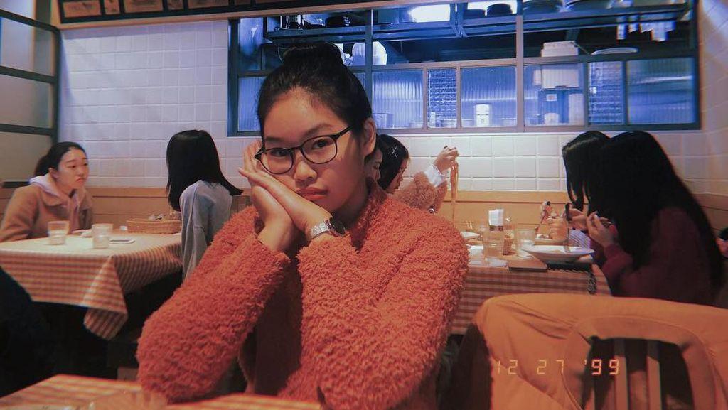 Kenalan Sama Reina, Adik Yuki Kato yang Cantik Saat Kulineran