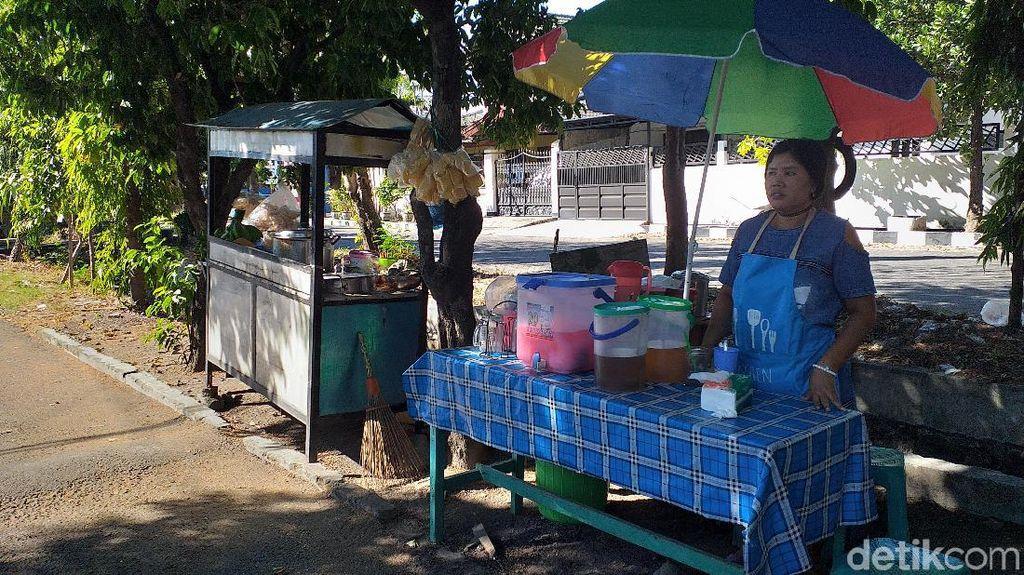 Usai Viral Videonya, Penjual Rujak Cingur Rp 60 Ribu Sempat Diteror dan Dirusak Lapaknya