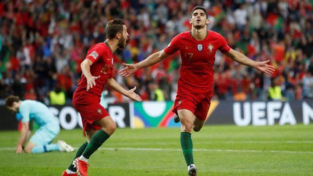 Goncalo Guedes mencetak gol pertamanya di level kompetitif bersama timnas Portugal.