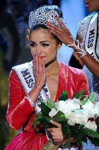 Olivia Culpo saat terpilih sebagai Miss Universe 2012.