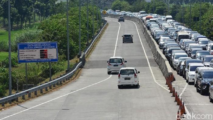 Tersambungnya Tol Jombang-Mojokerto dengan Solo-Kertosono meningkatkan minat pemudik melalui jalan tol. Terbukti selama arus mudik dan balik lebaran 2019, jumlah kendaraan yang melalui jalan tol naik 96,5 persen dibandingkan tahun lalu.