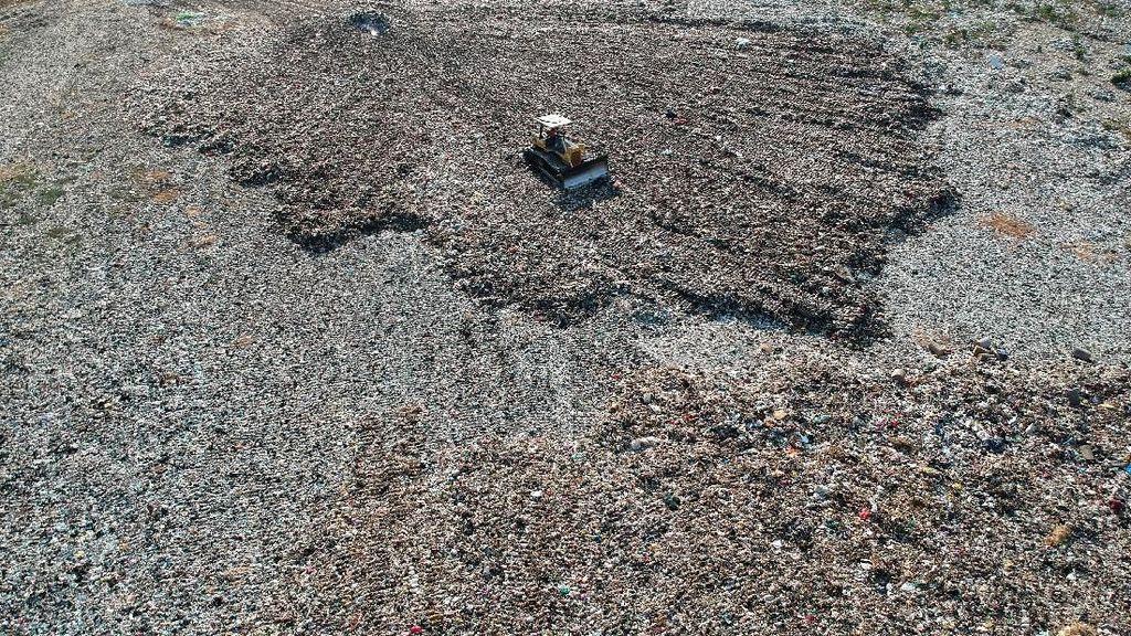 Pasca Lebaran, Volume Sampah di Pantura Capai 500 Ton Per Hari