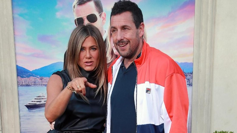 Jennifer Aniston dan Adam Sandler Foto: Rich Fury/Getty Images