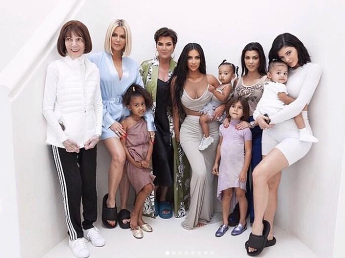 Anak dan keluarga Kim Kardashian.