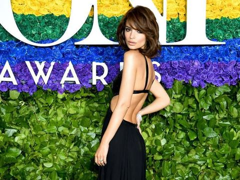 NEW YORK, NEW YORK - JUNE 03: Emily Ratajkowski attends the CFDA Fashion Awards at the Brooklyn Museum of Art on June 03, 2019 in New York City. (Photo by Dimitrios Kambouris/Getty Images)