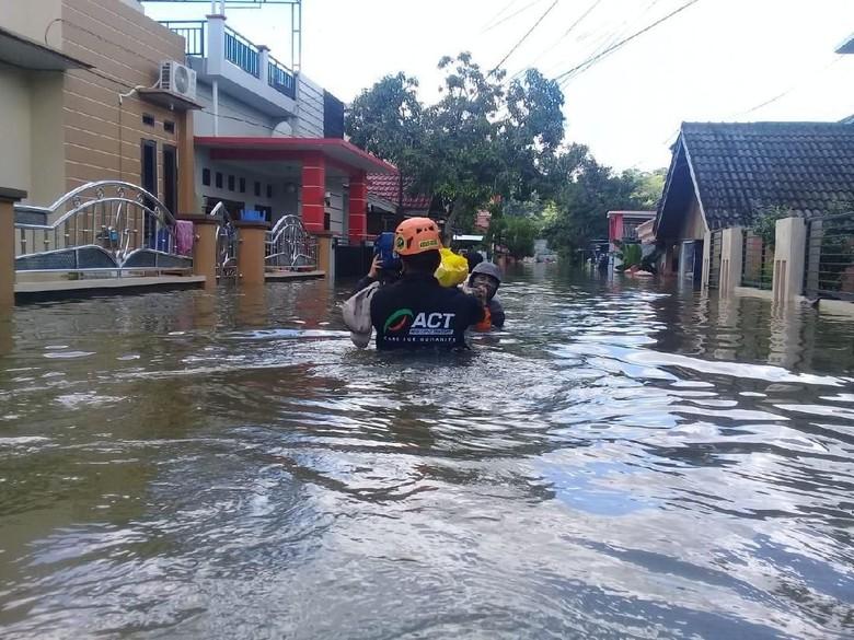 ACT: Pengungsi Banjir Samarinda Butuh Banyak Logistik