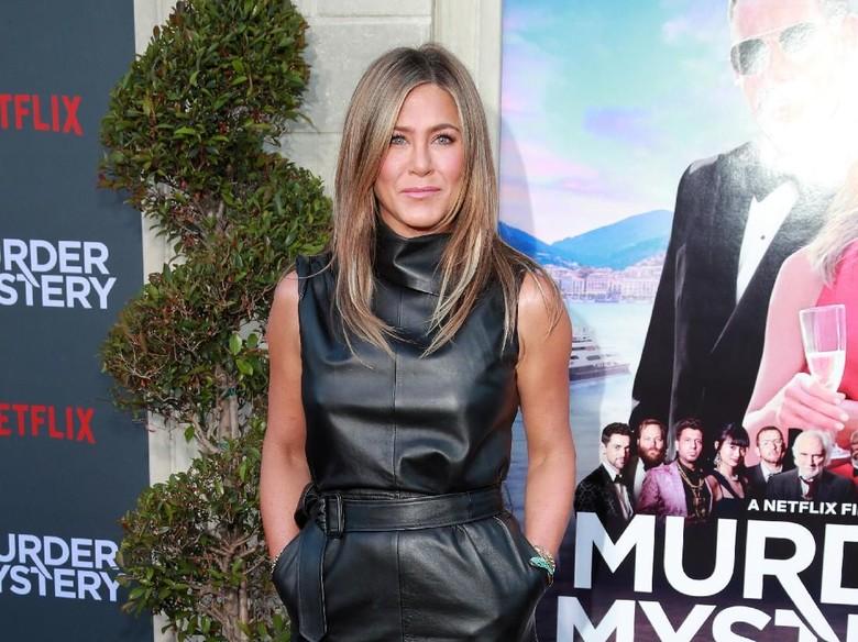 Jennifer Aniston sindir Marvel. Foto: Rich Fury/Getty Images