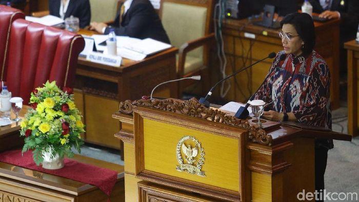 Menteri Keuangan Sri Mulyani Indrawati di DPR/Foto: Grandyos Zafna