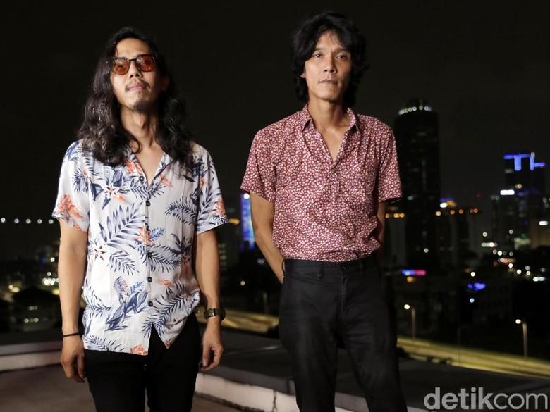 Bipolar Album Rumit tapi Ringan Monkey to Millionaire