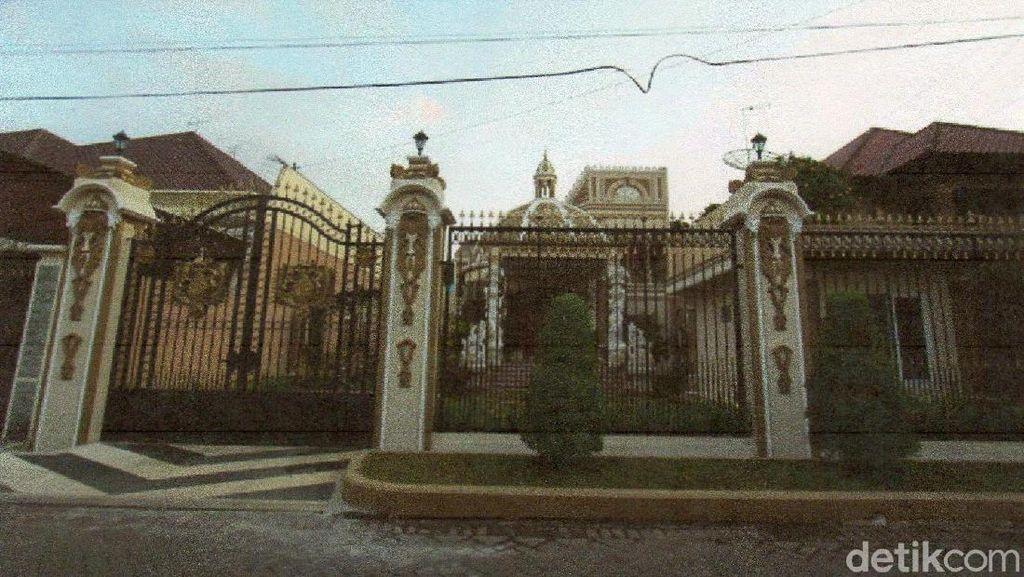 4 Rumah Mewah Hasil Gono-gini di Malang Dilelang, Berminat?