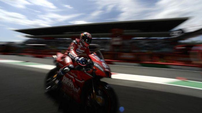 Andrea Dovizioso pantang bikin kesalahan di MotoGP Catalunya. (Foto: Filippo Monteforte / AFP)