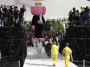 Segera Hadir Parfum Dior x Kaws, Intip Botolnya yang Unik