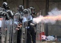 Hong Kong Ricuh, Polisi Tembakkan Peluru Karet & Gas Air Mata