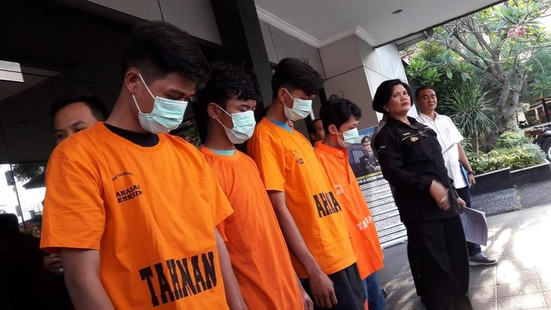 Remaja di Bekasi Tewas Dibakar, 4 Pelaku Ditangkap Polisi