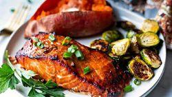 Kolesterol Naik Usai Lebaran? Perbanyak Konsumsi Teh Hijau dan Bayam