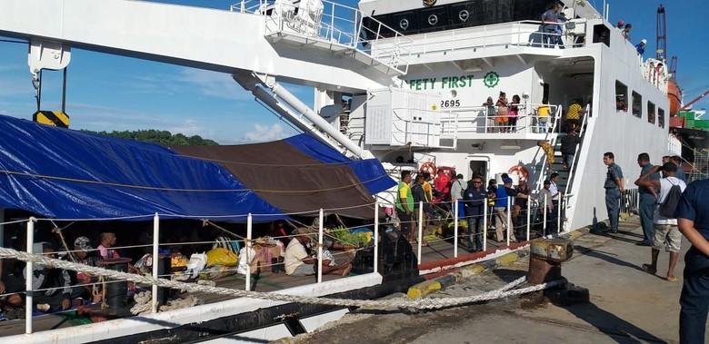 Kapal Navigasi Dikerahkan Angkut Penumpang di Papua Barat