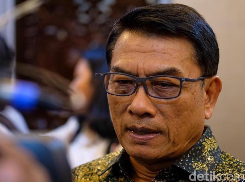 Jokowi Beda Sikap soal RUU KPK dan RKUHP, Moeldoko Ungkit Kasus RJ Lino
