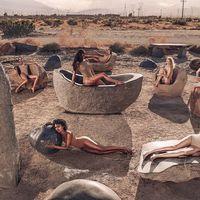 Kim Kardashian Rilis Foundation Khusus Badan yang Bisa Bikin Kulit Glowing
