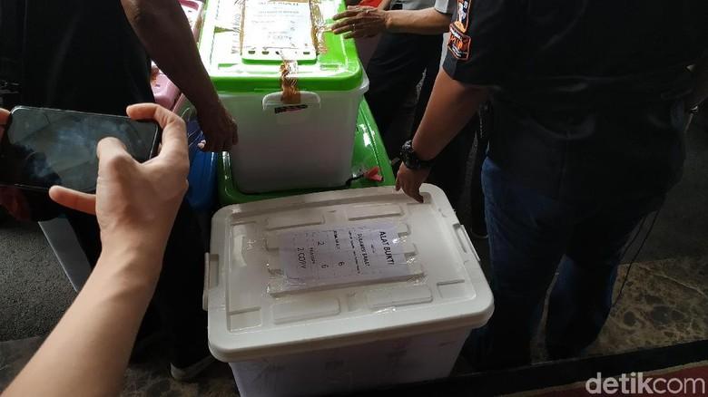Alat Bukti Pemilu Mulai Diangkut dari KPU ke MK