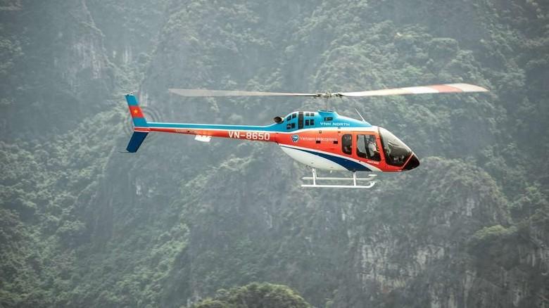 Kini Ada Helikopter Khusus Berkeliling di Raja Ampatnya Vietnam