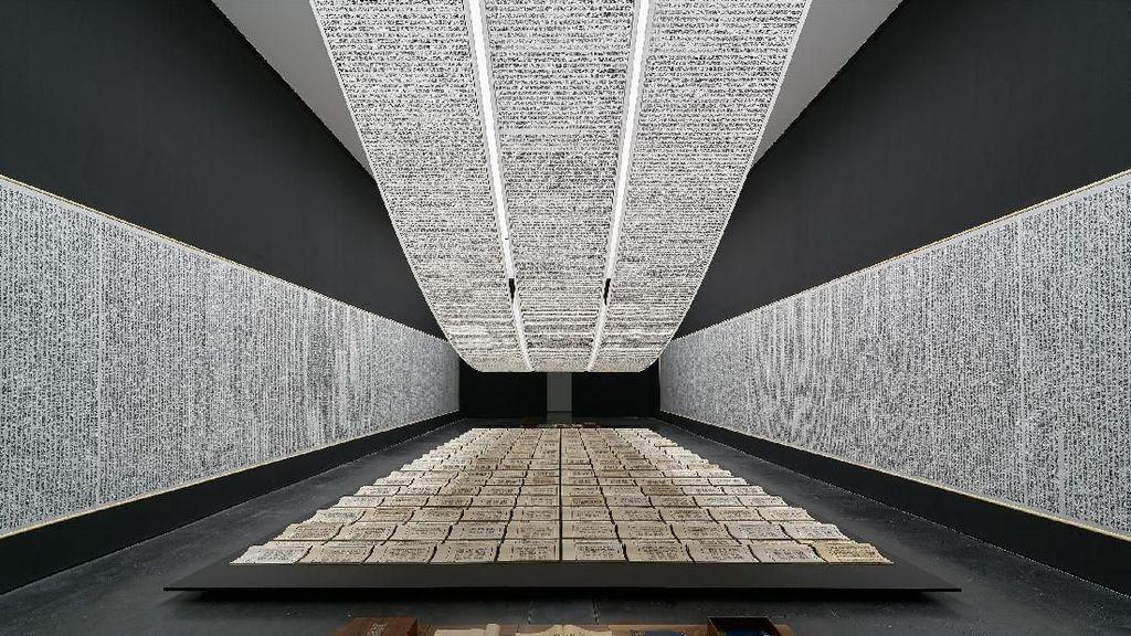Perdana! Museum MACAN Hadirkan Pameran Tunggal Perupa Asal Tiongkok Xu Bing