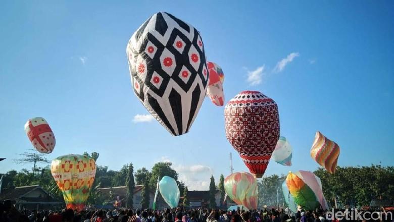 Melihat Keseruan Festival Balon Udara di Ponorogo