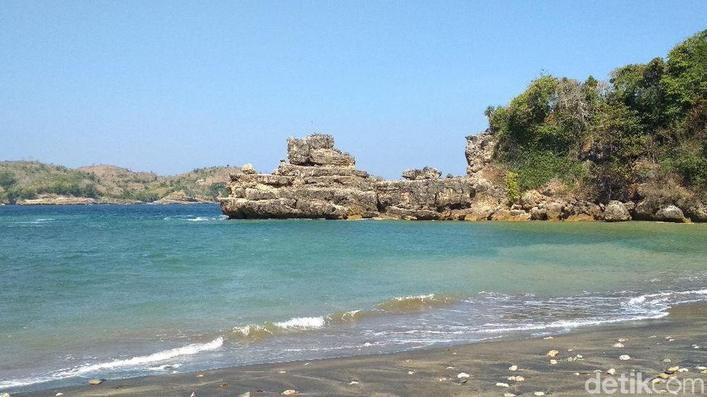 Pantai Serit di Blitar Tempat Bertapa Prabu Hayam Wuruk