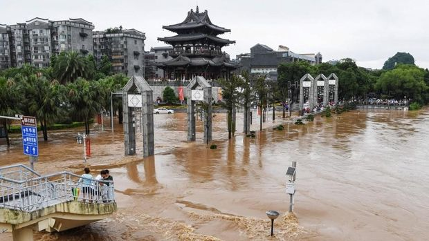 Banjir parah yang menerjang China