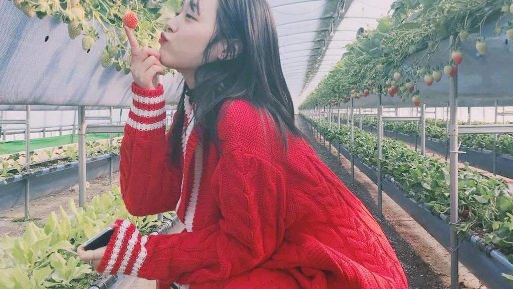 Gaya Kuliner Penyanyi Kpop Sulli yang Akan Rilis Lagu Solo Pertama
