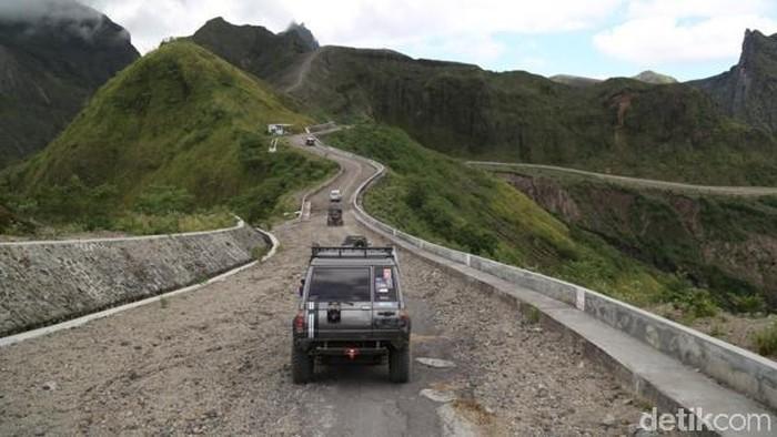 Offroad di kawasan Gunung Kelud (Foto: Andhika Dwi Saputra)