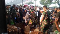 Hadiri Pemakaman Eks KSAD, Gatot Nurmantyo: Beliau Teladan yang Baik