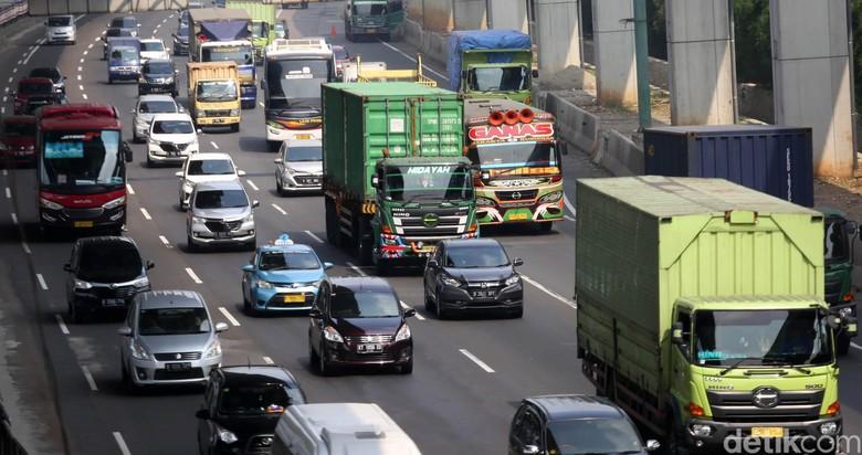 Tol Jakarta Cikampek. Foto: Agung Pambudhy