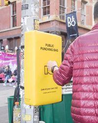 New York Sediakan Tempat Tinju Gratis untuk Lepaskan Stres di Jalanan