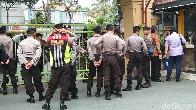 300 Polisi Dikerahkan Amankan Sidang Video Hina NU Gus Nur
