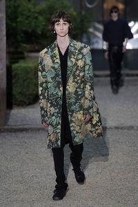 Surprise! Givenchy Gandeng Onitsuka Tiger, Rilis Sneakers Rp 7 Juta