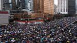 Demo Besar-besaran di Hong Kong, Pusat Bisnis Tutup