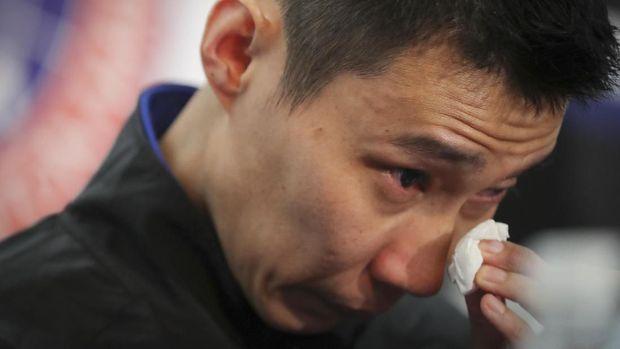 Derai Air Mata Saat Lee Chong Wei Umumkan Pensiun