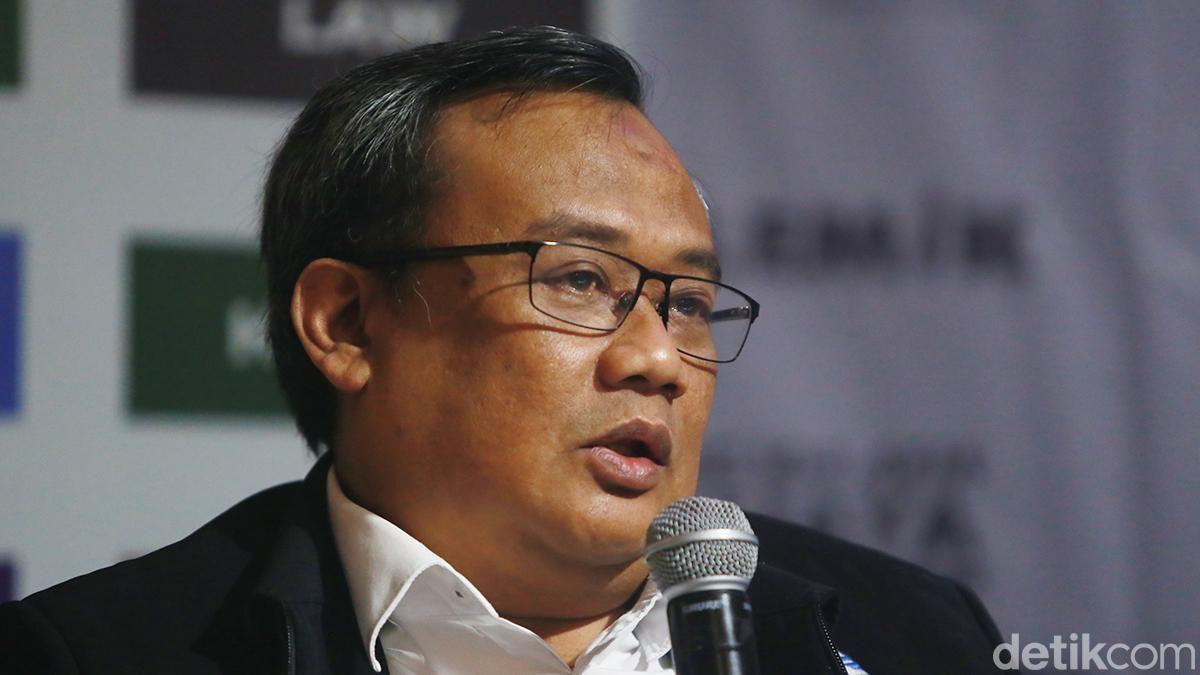 RAHMAT TRIYONO Kepala Pusat Gempa Bumi dan Tsunami Badan Meteorologi, Klimatologi dan Geofisika (BMKG)