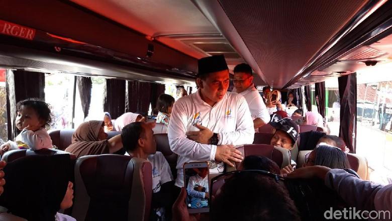 Lepas Pemudik Balik ke Rantau, Taj Yasin: Jangan Tinggalkan Bahasa Jawa