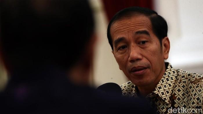 Presiden Joko Widodo bertemu dengan Pengurus Asosiasi Pengusaha Indonesia (APINDO) di Istana Merdeka, Jakarta. Apa saja yang dibahas?