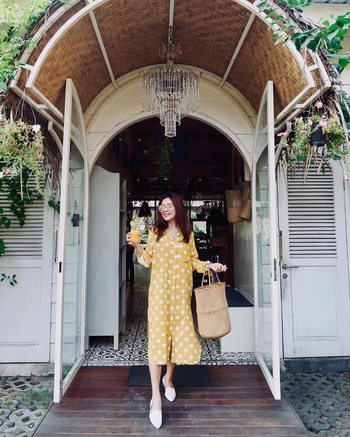 Baru saja menikah dengan pengusaha bernama Dedey Mulayawan Risyad, selaku mantan suami dari artis senior Diana Pungky. Gwen sering membagikan momen kulinerannya yang seru di Instagram miliknya. Foto: Instagram @gwenpriscilla