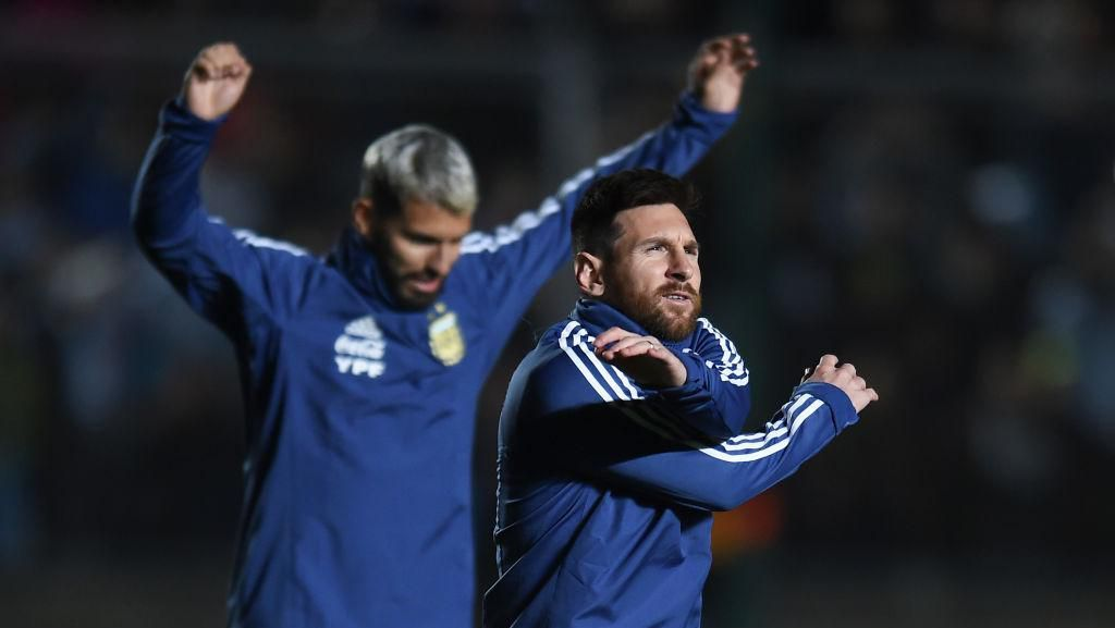 Suarez: Messi Terluka dengan Tudingan Atur Ini-Itu di Barcelona dan Timnas