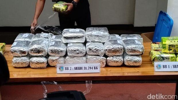 Barang bukti sabu yang disita seberat 31,794 kg