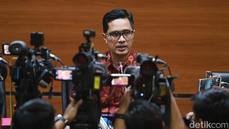 OTT Bupati Indramayu, KPK Juga Amankan Ajudan-Kepala di Dinas PU