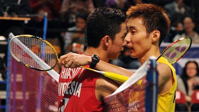 Taufik Hidayat terkejut dengan keputusan Lee Chong Wei untuk pensiun. (MIKE CLARKE / AFP)
